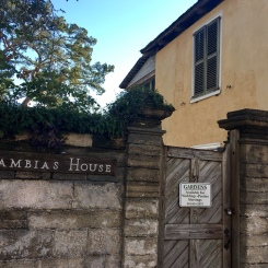 llambias house